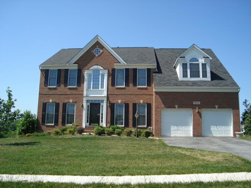 Luxury Home In Briarcliff Manor   Burtonsville MD