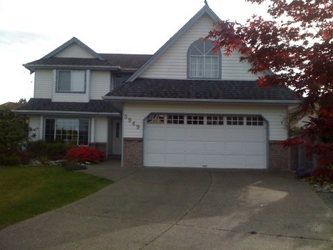 3 Bedroom, family house with pool in North Nanaimo