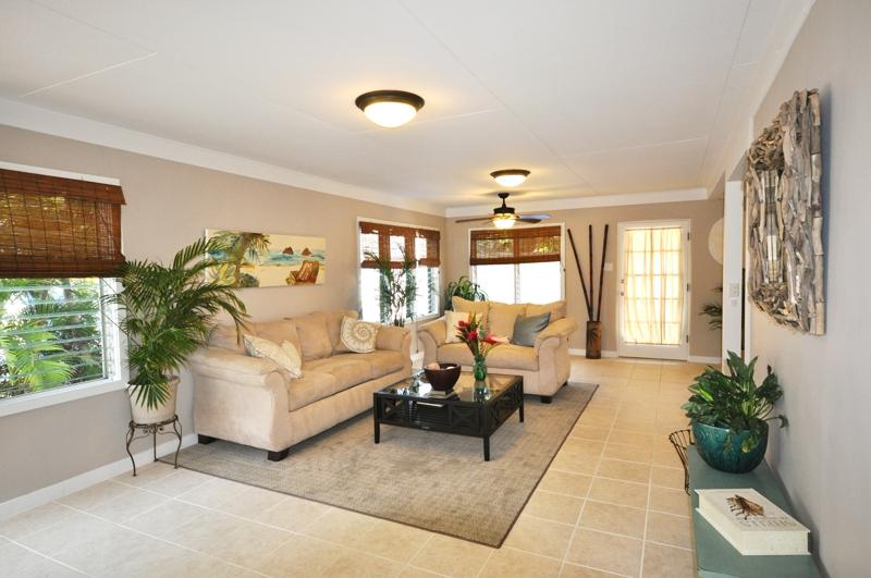 Kailua Beach House Living Room Beachside Kailia