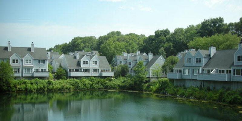 Wilton Crest in Wilton CT 06897- intown condominiums