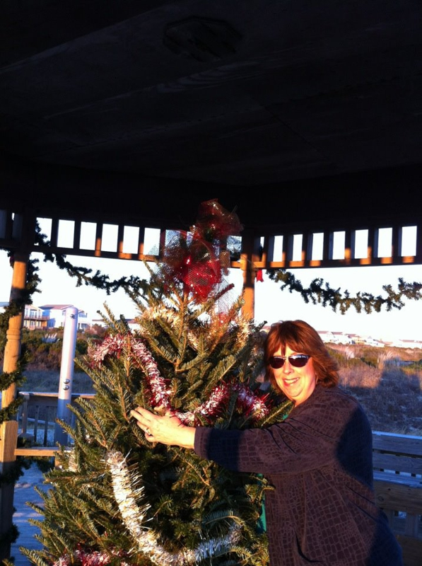 Sunset Beach Christmas Tree @ Gazebo