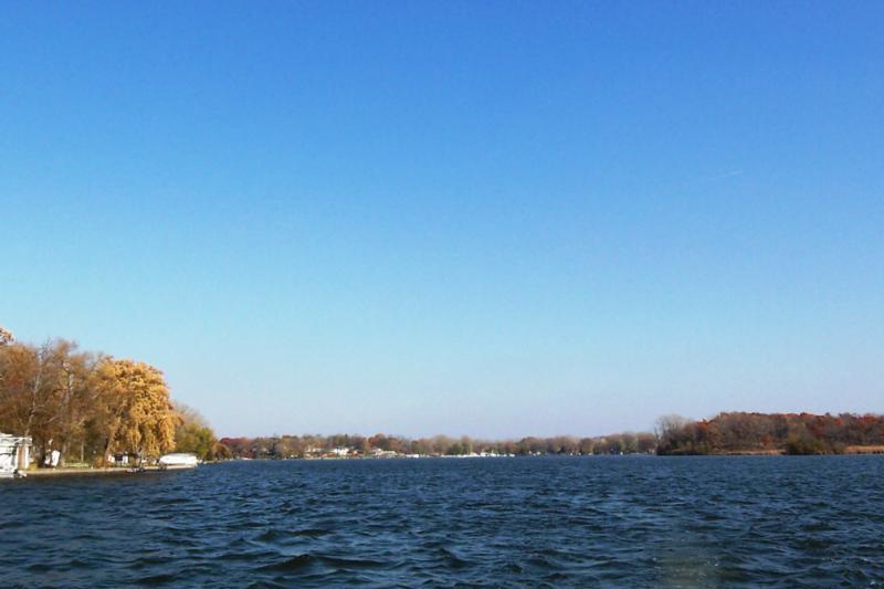 Fall colors on the Chain of Lakes, Fox Lake, Pistakee Lake, Meyers Bay, IL