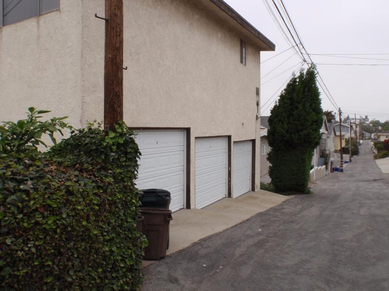 investment property in El Segundo CA endre Barath