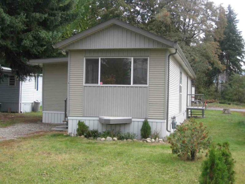 bedroom renovated mobile in 55 park for sale vernon bc