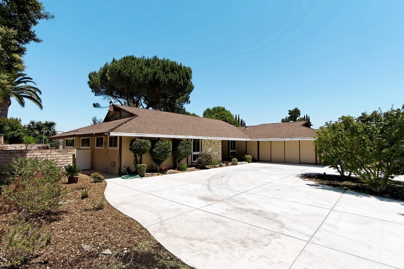 West Simi Valley Ca Single Story Home For Sale With Pool