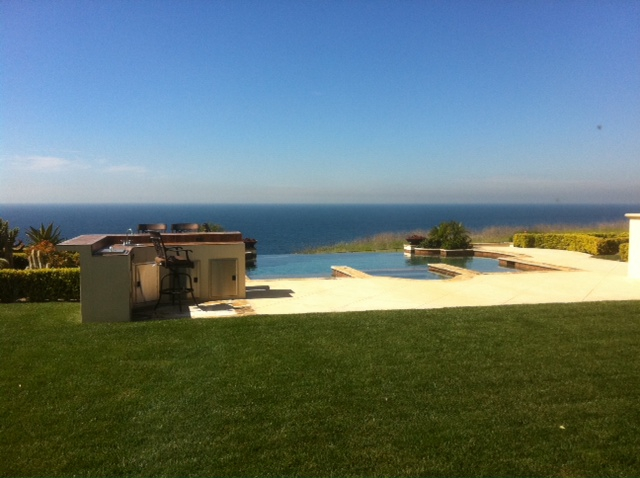 Home with pool and view RPV