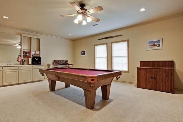 5800 Timberwolfe Game Room