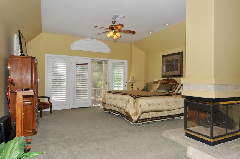 Val Vista Lakes Luxury Home Master Bed Room