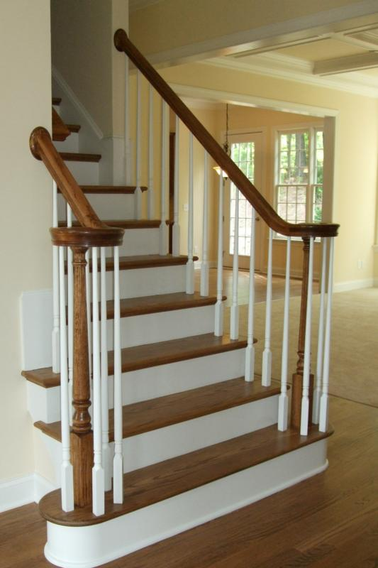 Best Oak Stairs With White Spindles White Trim Pinterest 640 x 480