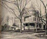 Elgin Illinois - Best Old House Neighborhood Winner 200