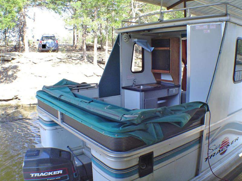 30 Party Hut Pontoon Boat For Sale Extra Nice Kitchen