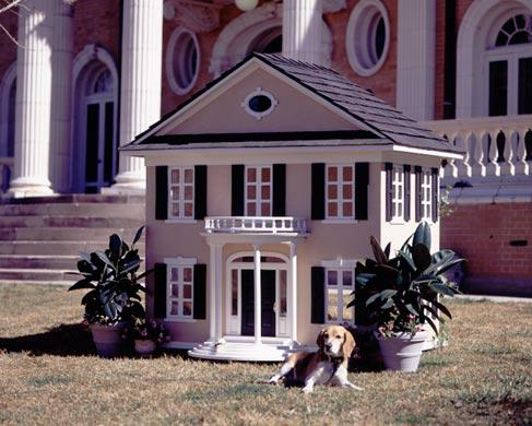 Expensive Dog Houses designer dog houses - would you pay $325,000?