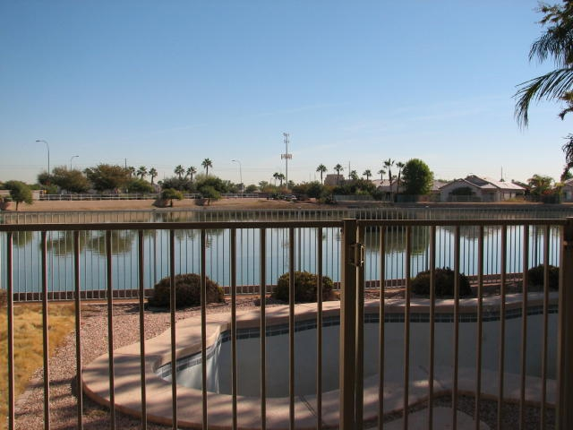 4 Bedroom 2 Bath On The Lake For Sale In Avondale Arizona
