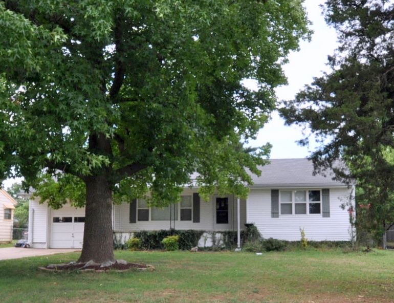Sold Priced Reduced 2143 E Broadmoor St Springfield Mo