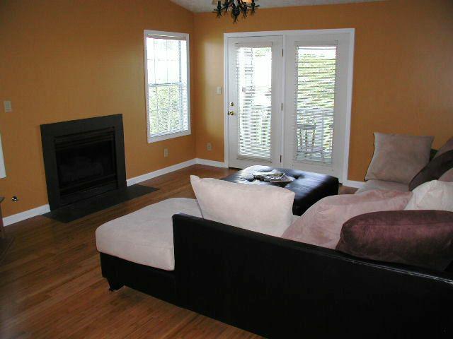 Living Room - 216-9 Waterdown Drive