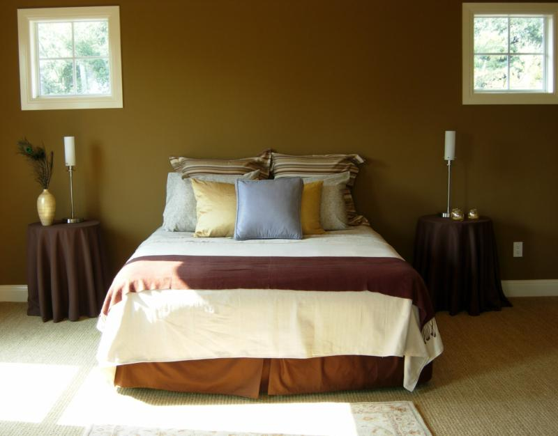 Master Bedroom After Staging - Leslie Olson Interiors - Home Staging Marin