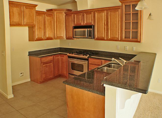 Sunset Oaks Town Homes ~ Kitchen ~ Redding CA