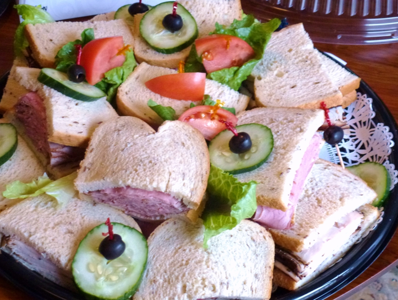 Sandwich tray  HomeRome 410-530-2400
