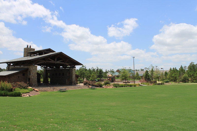 Village of creekside park the woodlands tx for Houston garden center spring tx