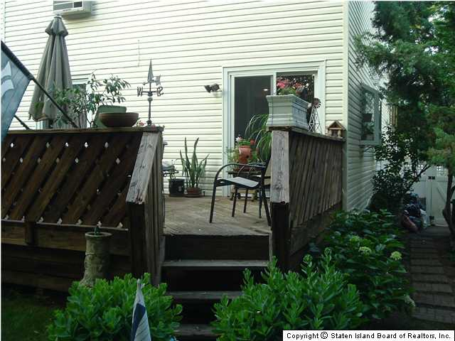 Richmond Staten Island Two Family Home for Sale backyard deck