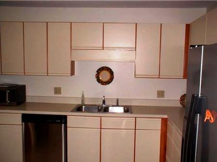 Kitchen After & Quick Home Staging Tip For Those 80s Kitchen Cabinets!