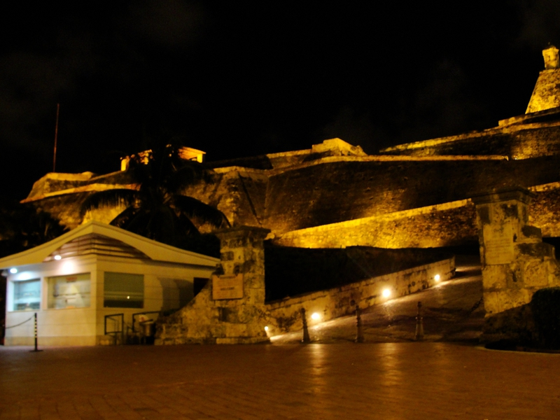Castillo San Felipe de Barajas at Night
