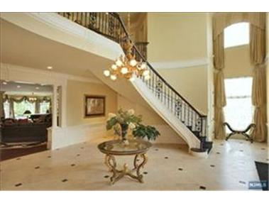 Luxury Homes  Sale on Alpine Nj Home For Sale Foyer