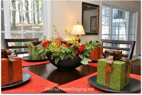 Atlanta Home Staging Kitchen Table Christmas Decor
