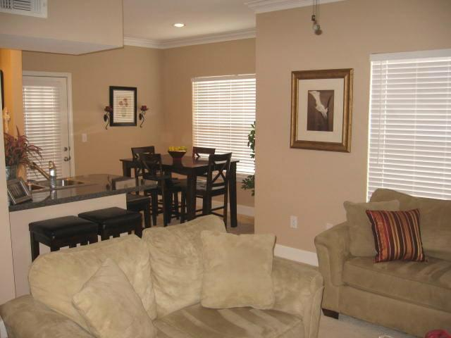 11628 Tomahawk Creek Parkway Dining Room Photograph