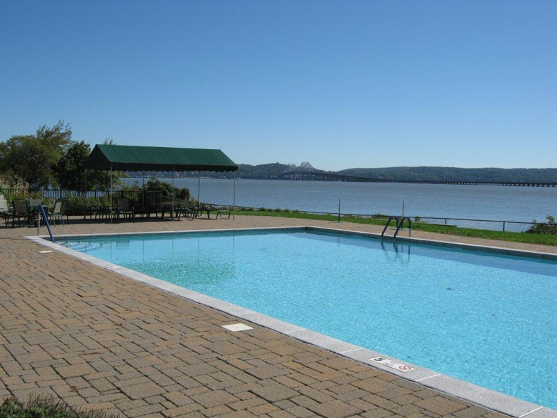 Salisbury Point cooperatives Nyack New York - pool overlooking the Hudson and the Tappan Zee bridge
