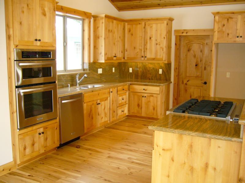 Tahoe home kitchen