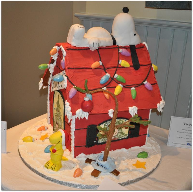 Pinehills gingerbread house tour december 2010 for Cool designs for gingerbread houses