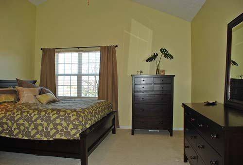 2580 Walton Blvd. Twinsburg Ohio 44087 - Master Bedroom