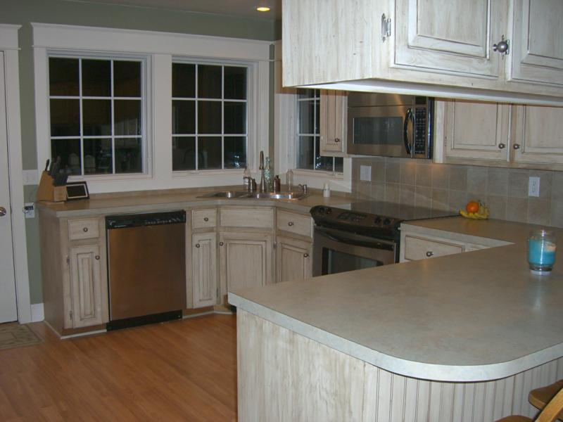 White washed oak kitchen cabinets white washing your kitchen cabinets quicua open house of - Whitewashed oak cabinets ...