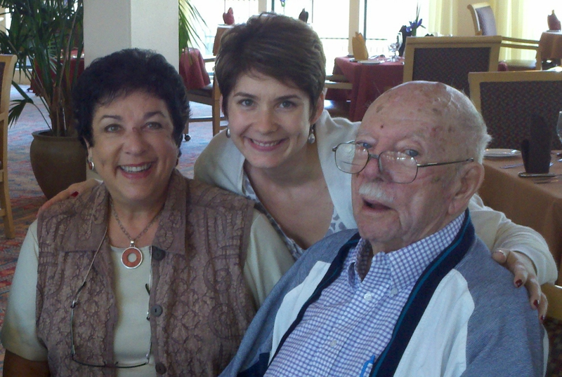 Jess & I with Gramps in September