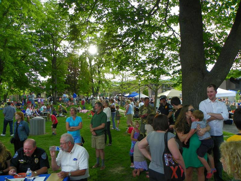 Nice crowds at Sandpoint Summer Sampler