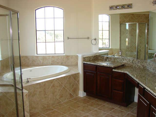 Bella Lago Area Home - Master Bathroom