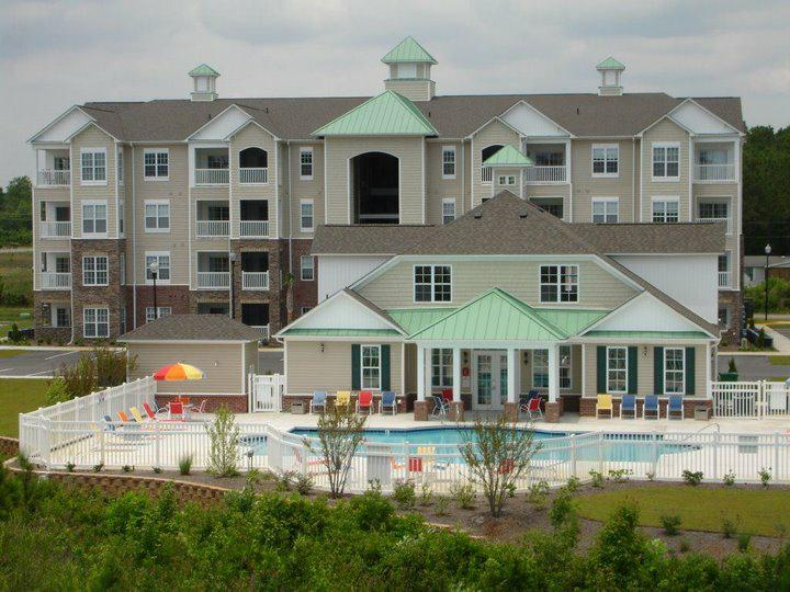 Topsail Landing Pool and Clubhouse