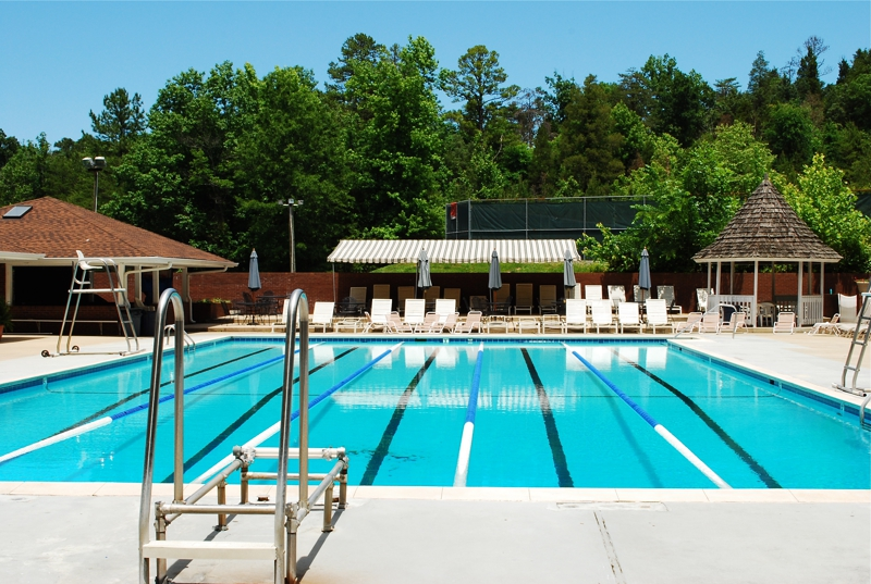 Providence Plantation in South Charlotte, NC, with Great Homes, Award-Winning Schools, Large Lots, and a Swim and Tennis Club!
