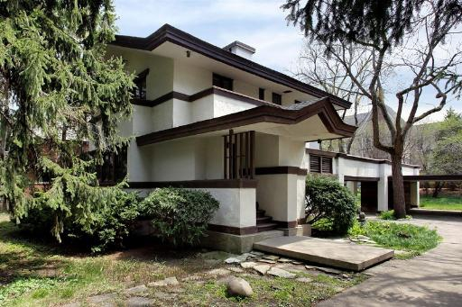 frank lloyd wright anything of his design on the market