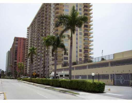 Winston Towers 300 Sunny Isles Beach SIB Realty 305-931-6931