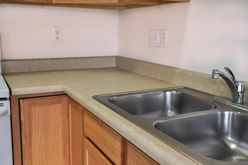 Countertop Kit Lowes : Countertops, Sinks and Faucets ? Lowes.ca Home Improvement