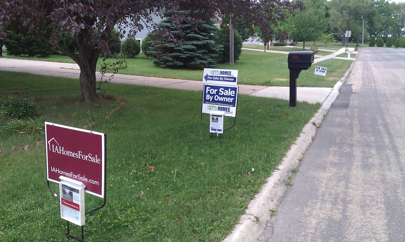 Cedar Rapids Real Estate The Fsbo With The Most Signs Ummm Wins