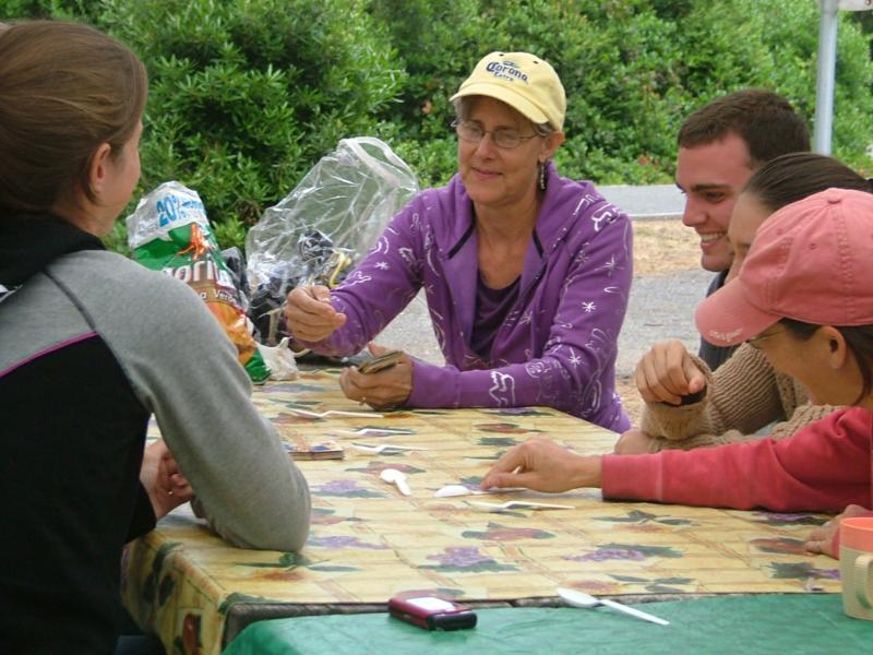 A game of spoons