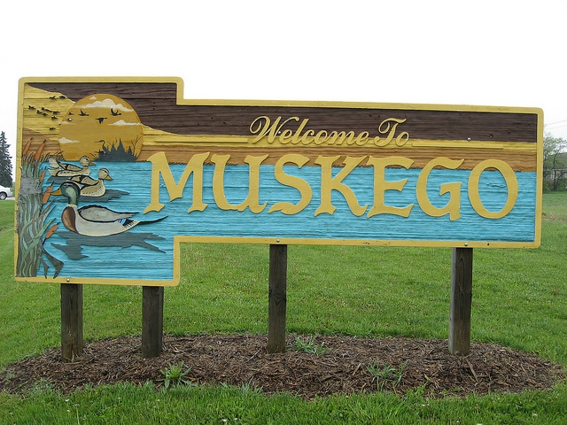 muskego wisconsin real estate,waukesha county lake homes,homes for sale on little muskego lake,relocating or moving to muskego wisconsin