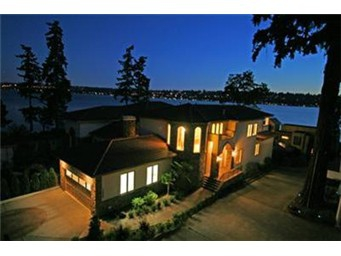 Kirkland Waterfront Real Estate Foreclosure