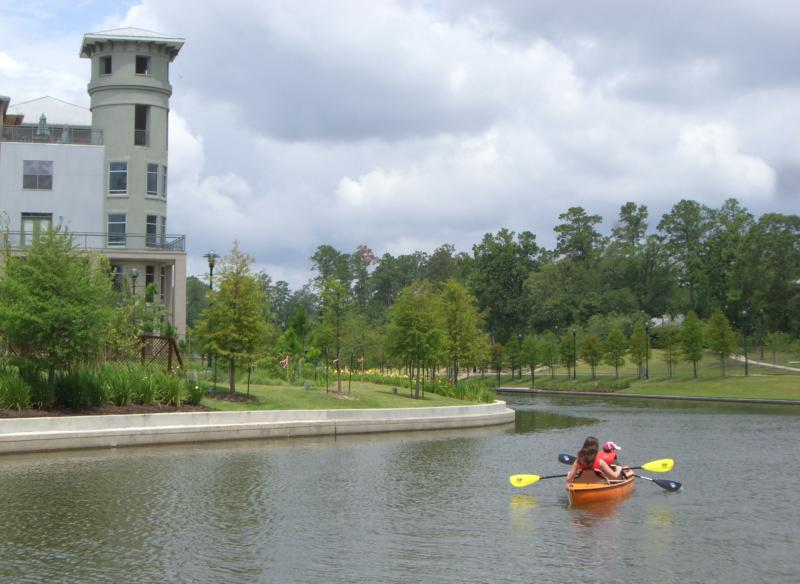 explore lake woodlands on kayak, texas
