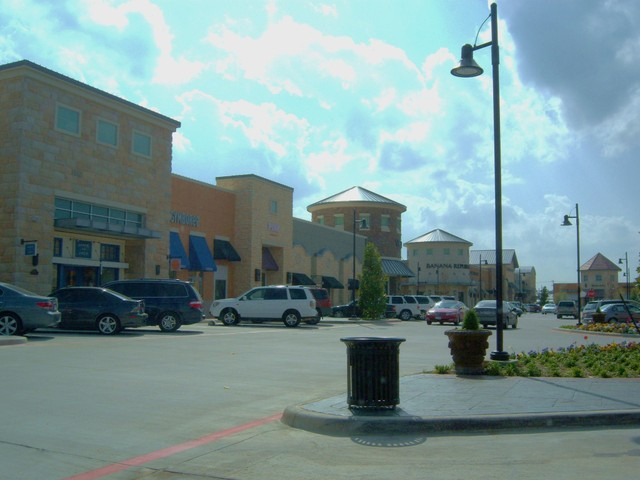 The Shops at Highland Village, near The Distric townhomes for sale in Highland Village
