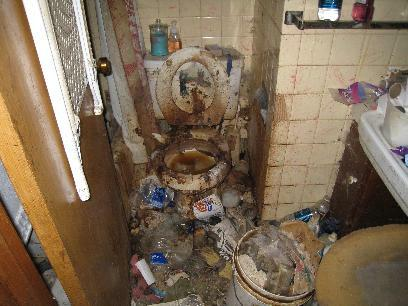 bathroom ful od debris