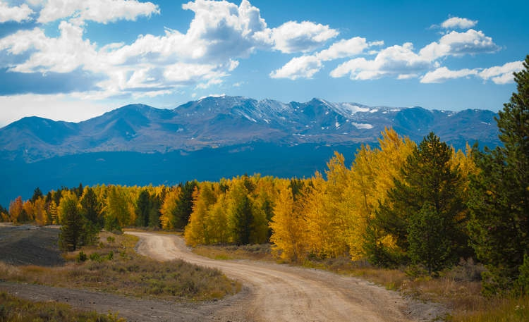 Twin_Lakes_near_Leadville_Colorado_Fall_Season_2011_The_Kittle_Team